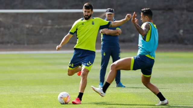Raul Navas |