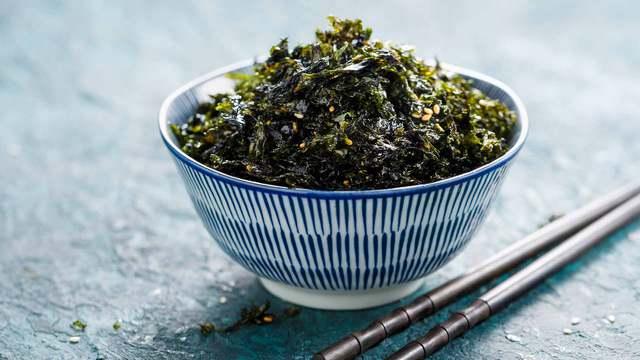 Beneficios del alga nori, un alimento de gran valor nutricional