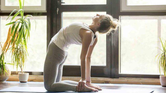 Bikram Yoga o hot yoga, una práctica de yoga a altas temperaturas