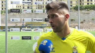 REACCIONES   Sergio y Juan analizan el empate ante el Cádiz B